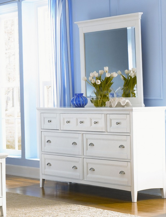 Off White Dresser With Mirror