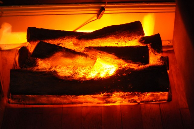 Fake Fire Logs For Fireplace
