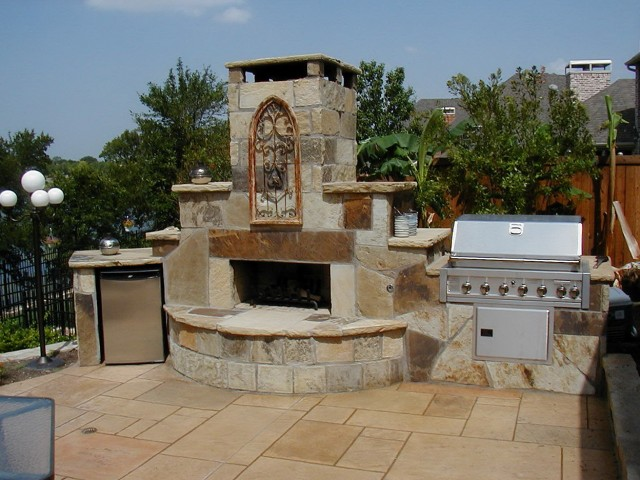 Outdoor Fireplace Kitchen