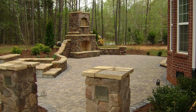 Build Your Own Outdoor Fireplace Plans