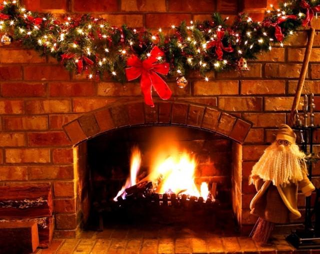 Christmas Fireplace Video Loop