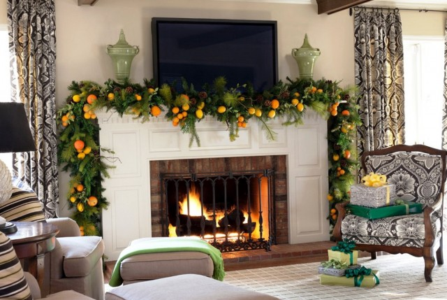 Simple Christmas Fireplace Mantels