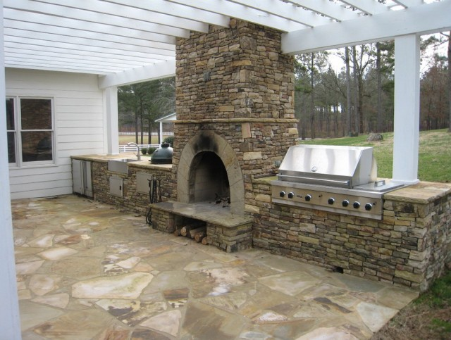 Build Outdoor Fireplace Kit