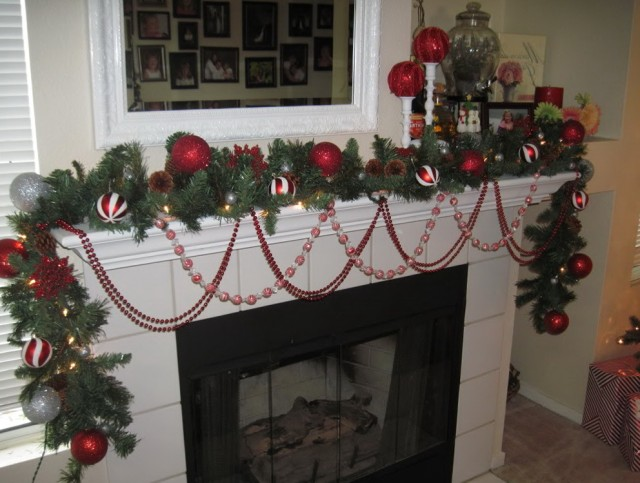 Fireplace Mantels Decorated For Christmas