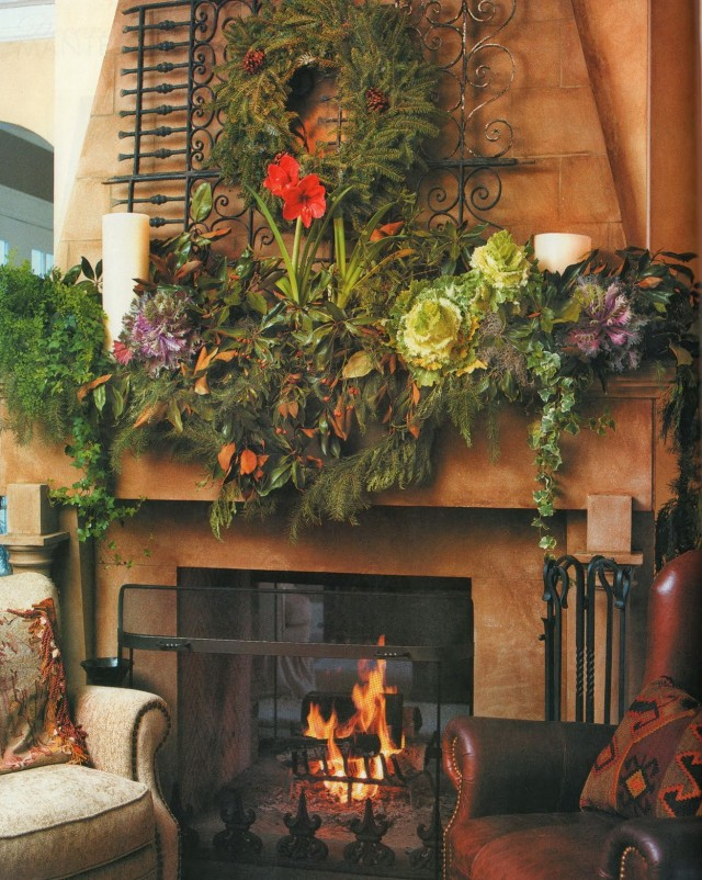 Images Of Fireplace Mantels Decorated For Christmas