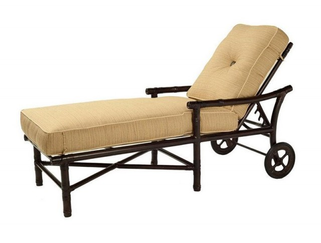 Outdoor Chaise Lounge Chair With Wheels