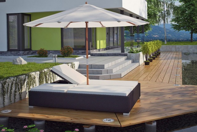 Outdoor Double Chaise Lounge With Umbrella