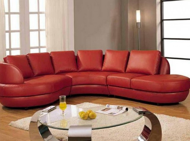 Sectional With Chaise And Coffee Table