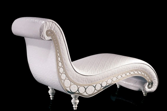 White Leather Chaise Longue