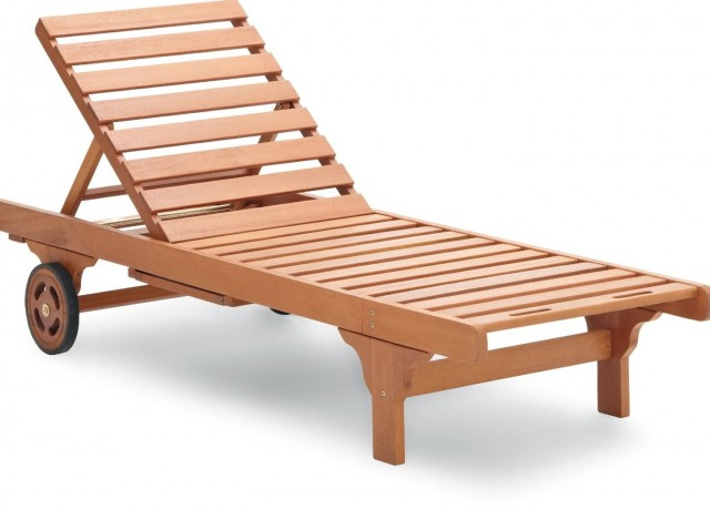 Wood Chaise Lounge With Wheels