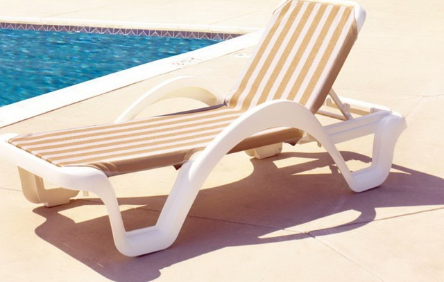 Chaise Lounge Pool Furniture