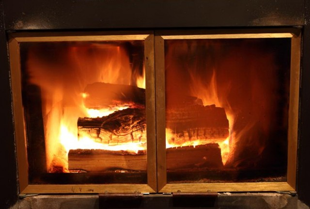 Cleaning Fireplace Glass With Ash