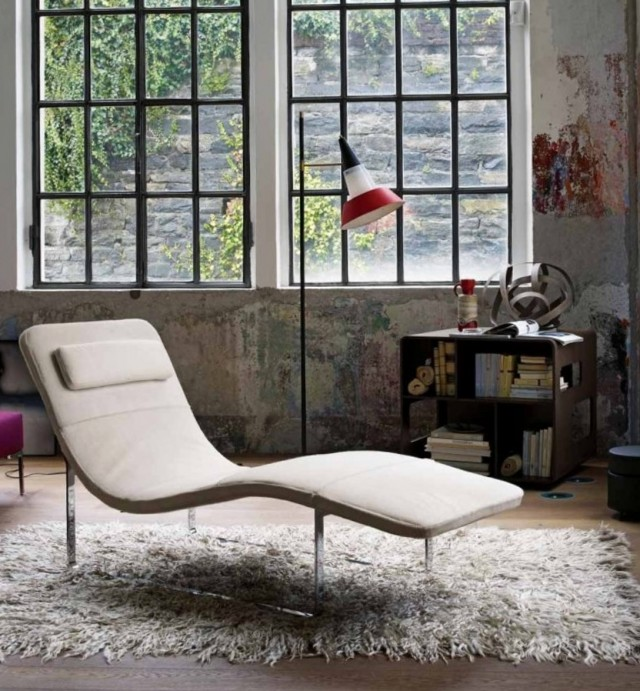 Comfortable Chaise Lounge Chairs