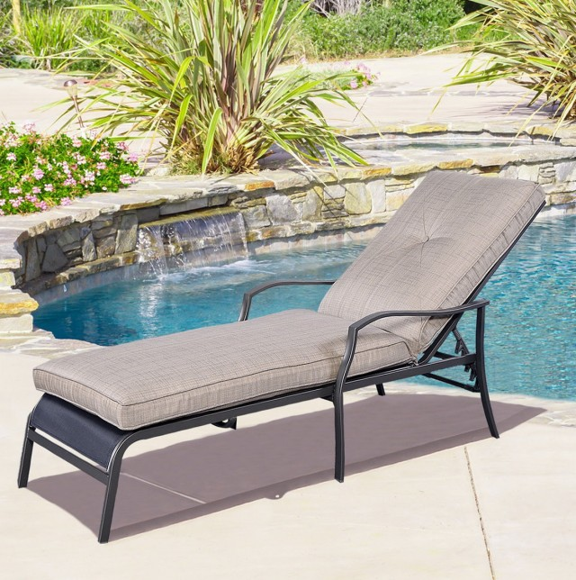 Poolside Chaise Lounge Chairs Sale