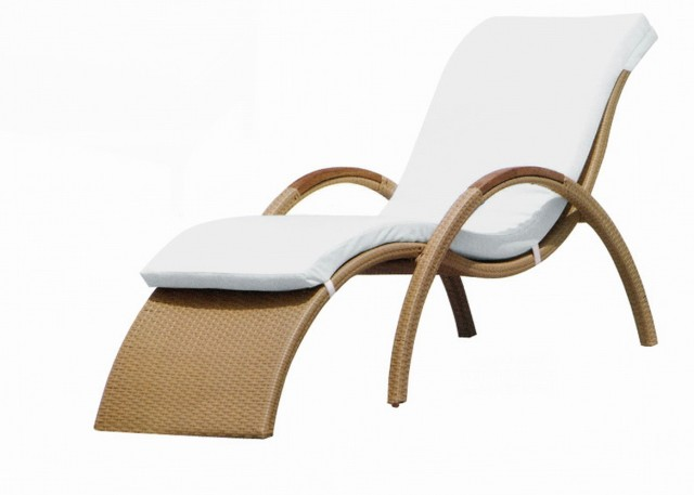 Rattan Chaise Lounge Chair