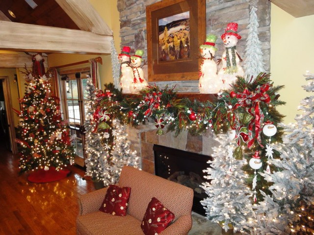 Fireplace Christmas Decorations Pictures