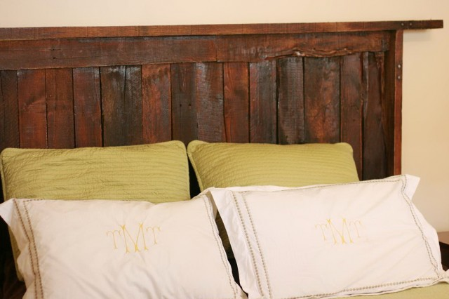 Make Your Own Headboard From Pallets