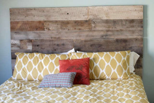 Natural Wood Headboard Ideas