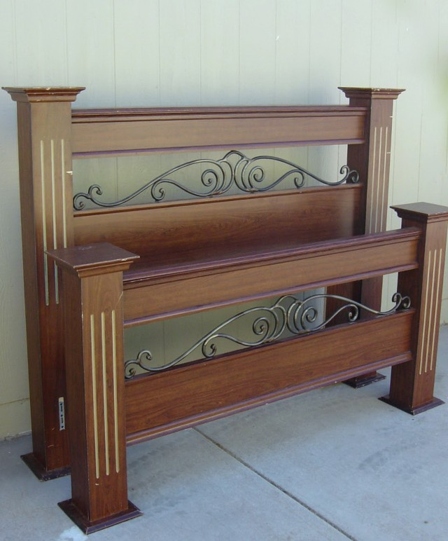 Queen Size Headboard And Footboard Set