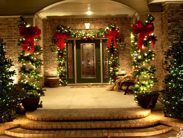 Christmas Front Porch Lights