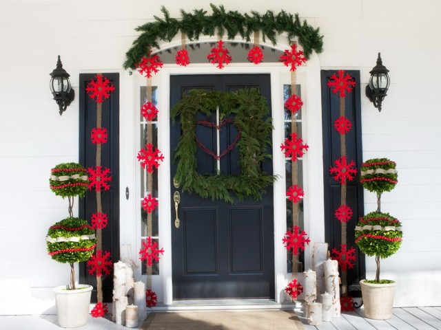 Images Of Front Porch Christmas Decorations