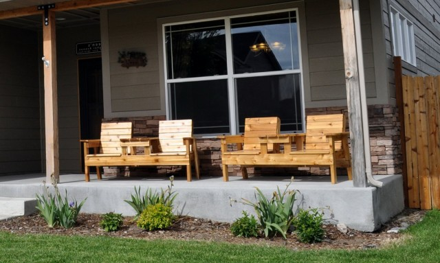 Outdoor Front Porch Furniture