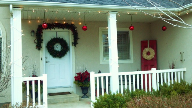 Country Front Porch Christmas Decorating Ideas