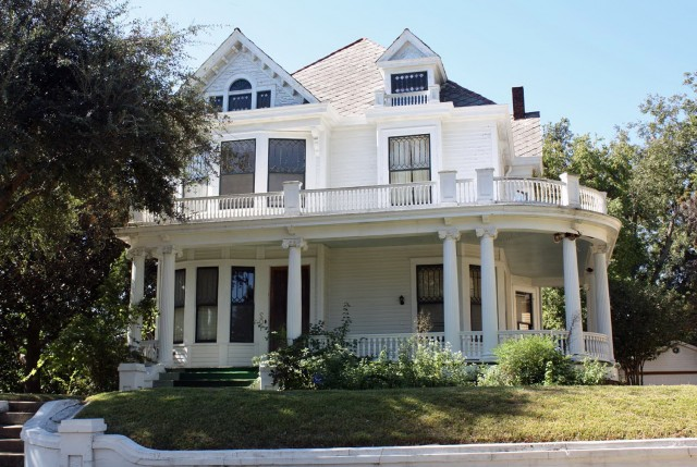 Farmhouse House Plans With Wrap Around Porch