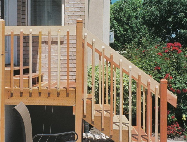 Front Porch Wood Railing Designs