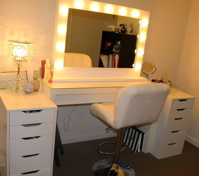 Makeup Vanity Mirror With Lights For Sale