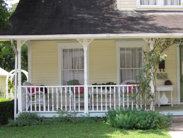 Old Houses With Front Porches