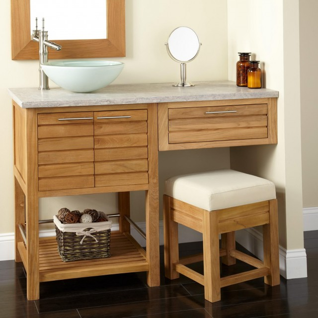 Single Sink Vanity With Makeup Area