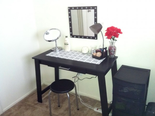 Small Black Makeup Vanity