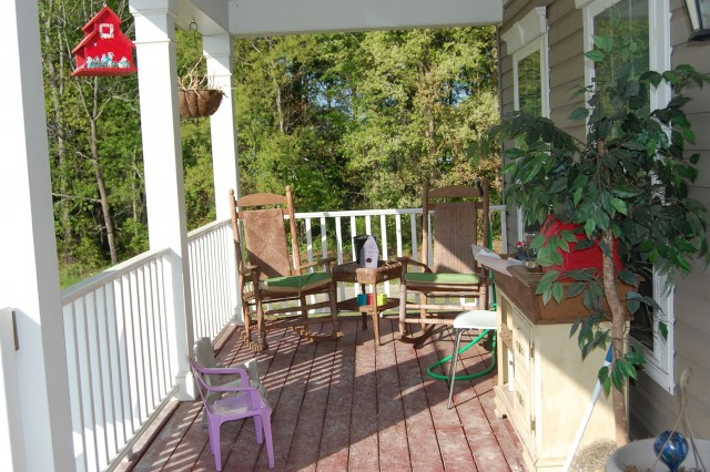 Small Porch Decorating Ideas On A Budget