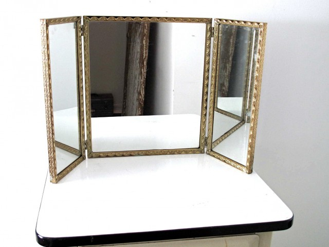 Tri Fold Vanity Mirrors Bathroom