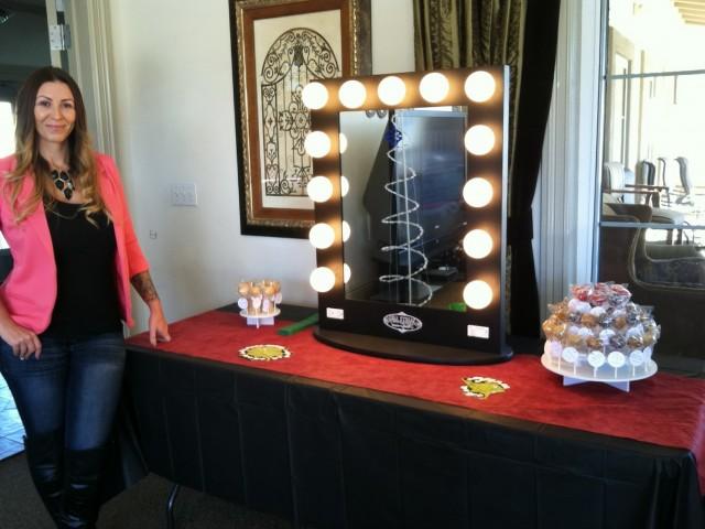 Vanity Girl Hollywood Starlet Mirror