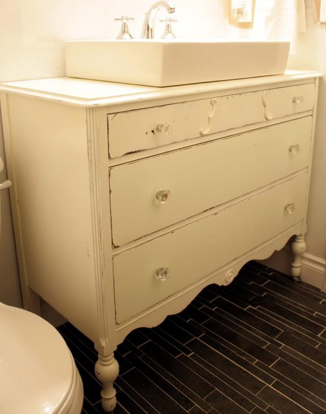 Vintage Bathroom Vanity Ideas