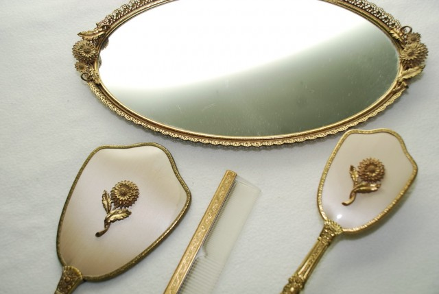 Vintage Plastic Vanity Set