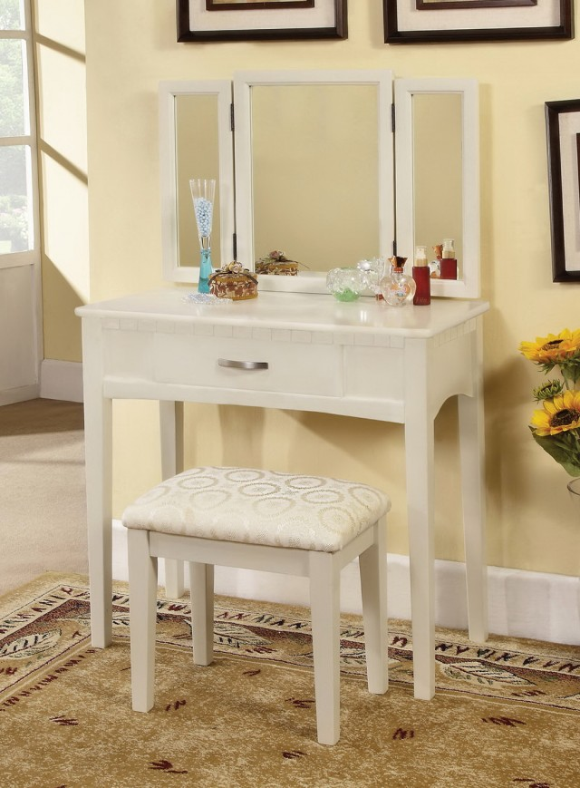 White Makeup Vanity For Sale