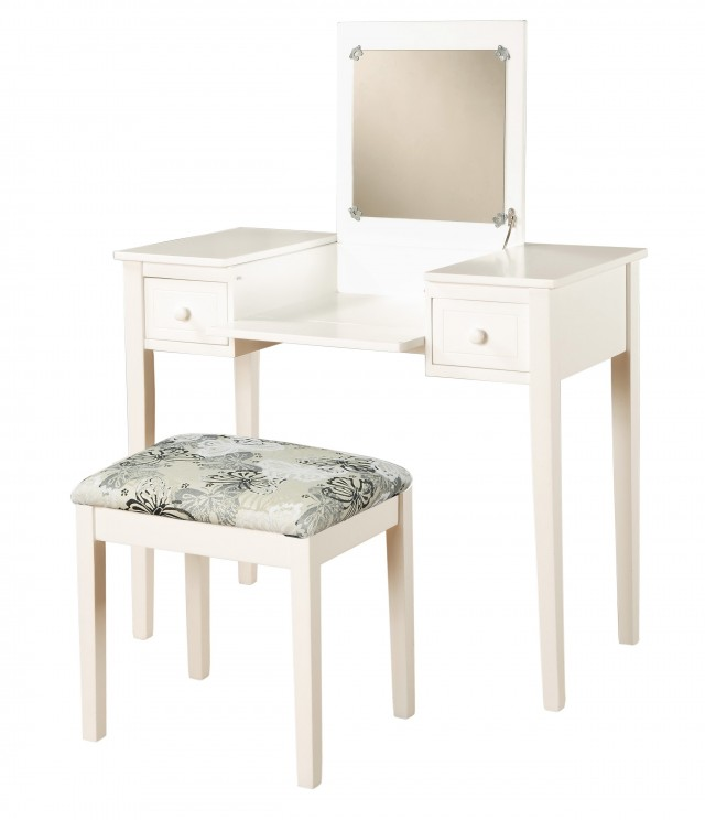 White Vanity Set With Lights