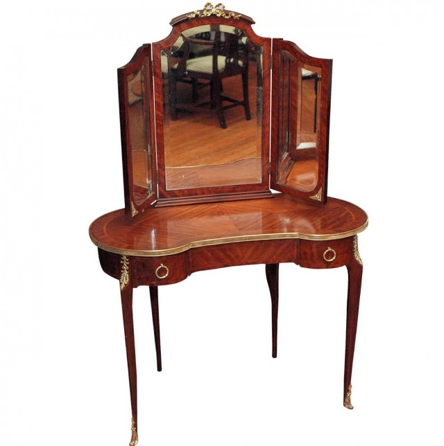 Antique Dressing Table Vanity