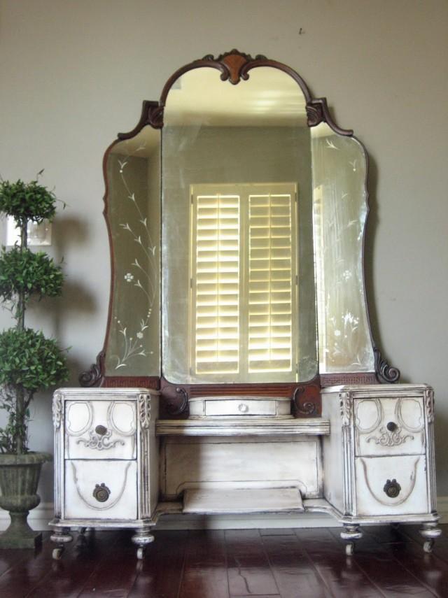 Antique Glass Vanity Set