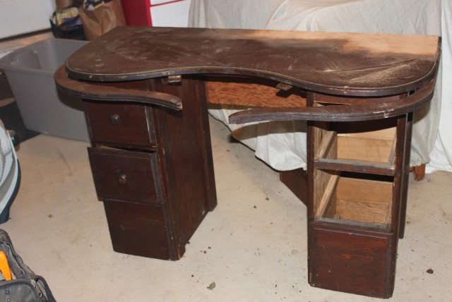 Antique Vanity Table With Swing Out Arms