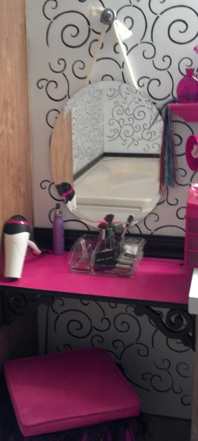 Ashley Furniture Makeup Vanity