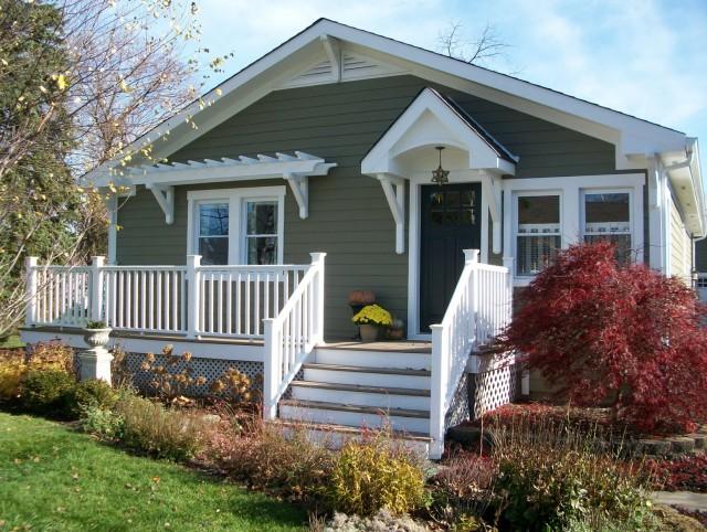 Cottage Style Front Porches
