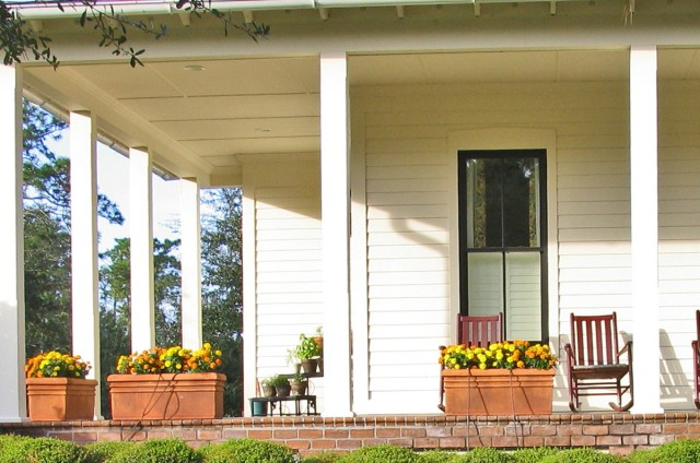 Country Style Front Porch Ideas