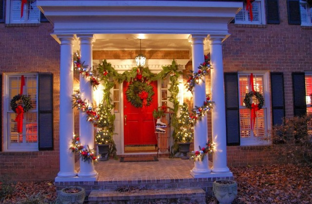 Decorating A Front Porch For Christmas