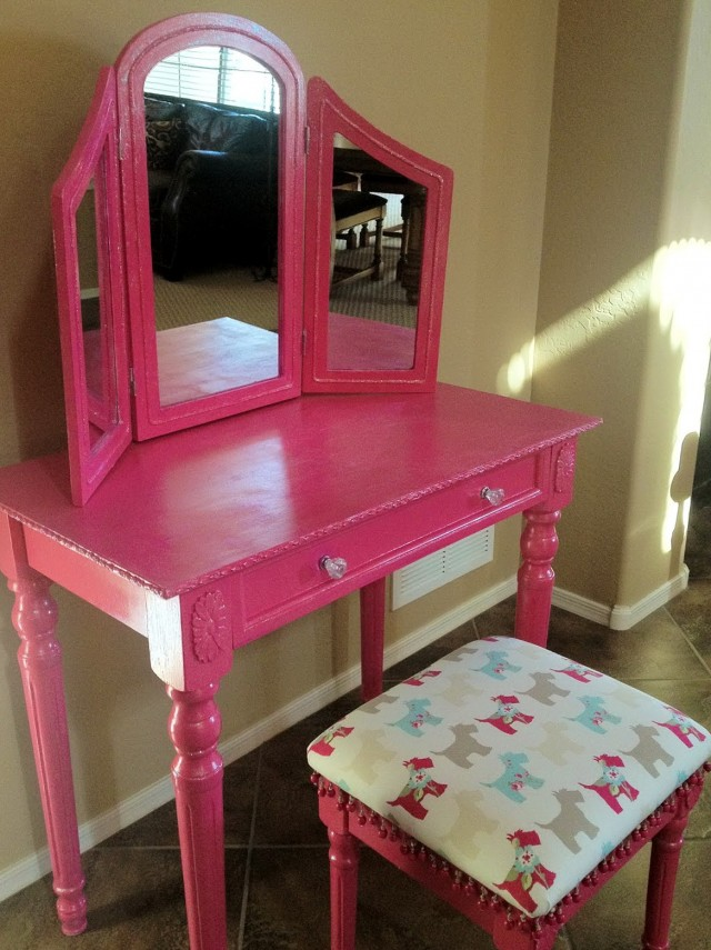 Diy Little Girls Vanity