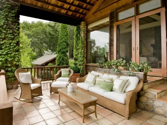 Front Porch Tiles Design