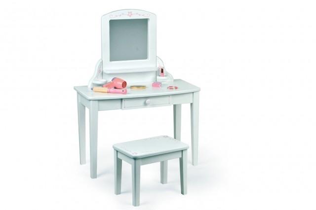 Little Girl Vanity Table